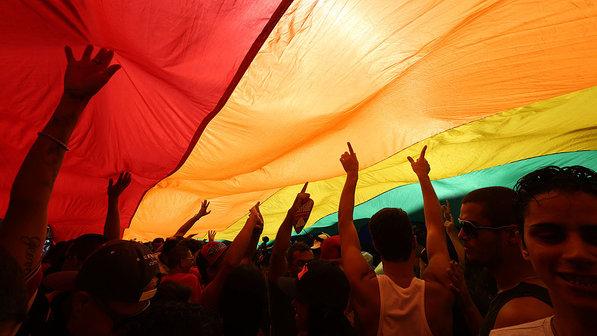 Parada-do-Orgulho-Lgbt-em-Sao-Paulo-20140504-0011-size-598