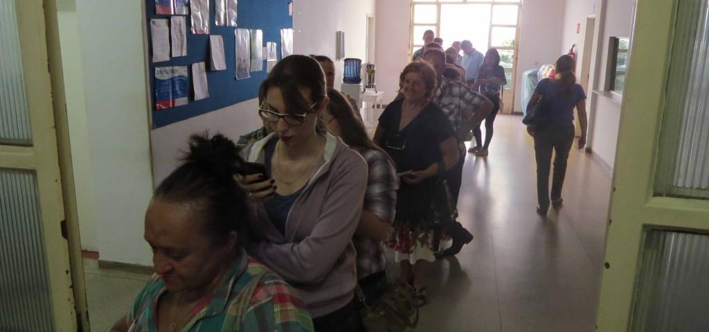 contribuintes em fila-IMG_5813
