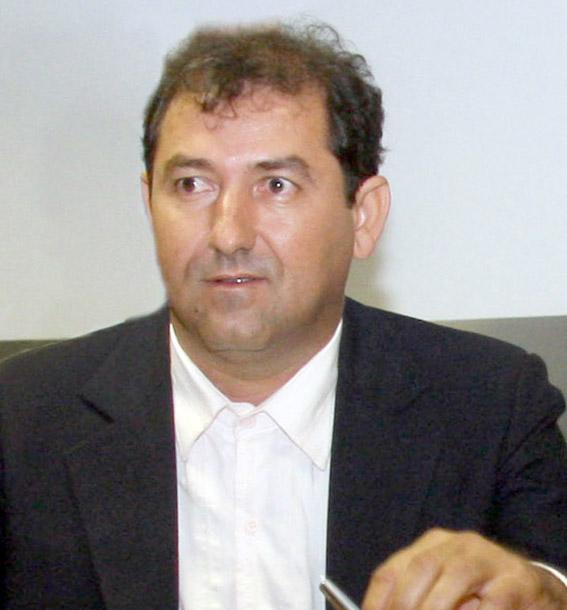 Elias roz Canos
