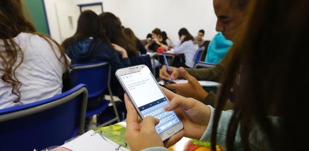 celular nas escolas