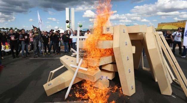 protesto-contra-a-reforma-da-previdencia